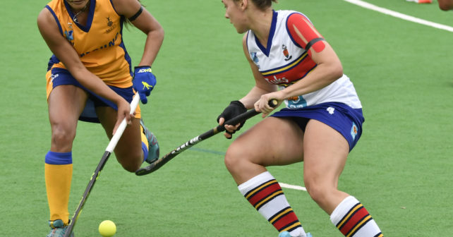 20170514 Varsity Hockey in Potchefstroom on the Astro,Pukke.Eight University Teams take partWits Plays Tuks.Sissy Pieterse from Wits,comes on with the ball,while Marissa Pohlman from Maties,tries to stop her. photo Mario van de Wall/SASPA