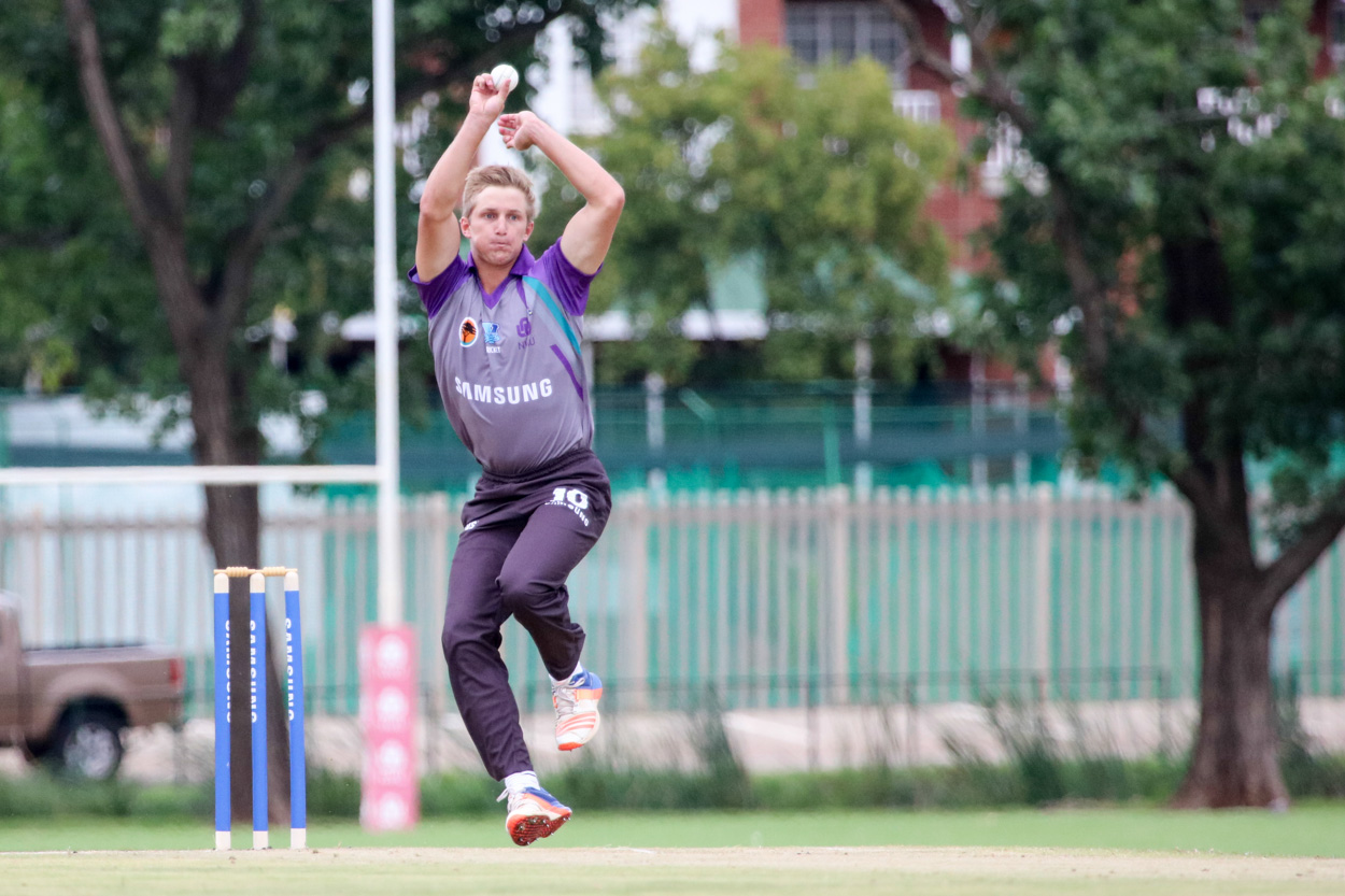 Champions show pedigree on opening day of Varsity Cricket