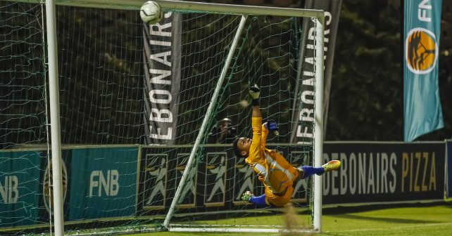 Matthew Carelse makes save for Wits during the semi final at the FNB Varsity Cup Soccer match between UJ and Wits at UJ Soweto Campus in Johannesburg on the 13th September 2018. Photo by Dominic Barnardt / VarsitySports