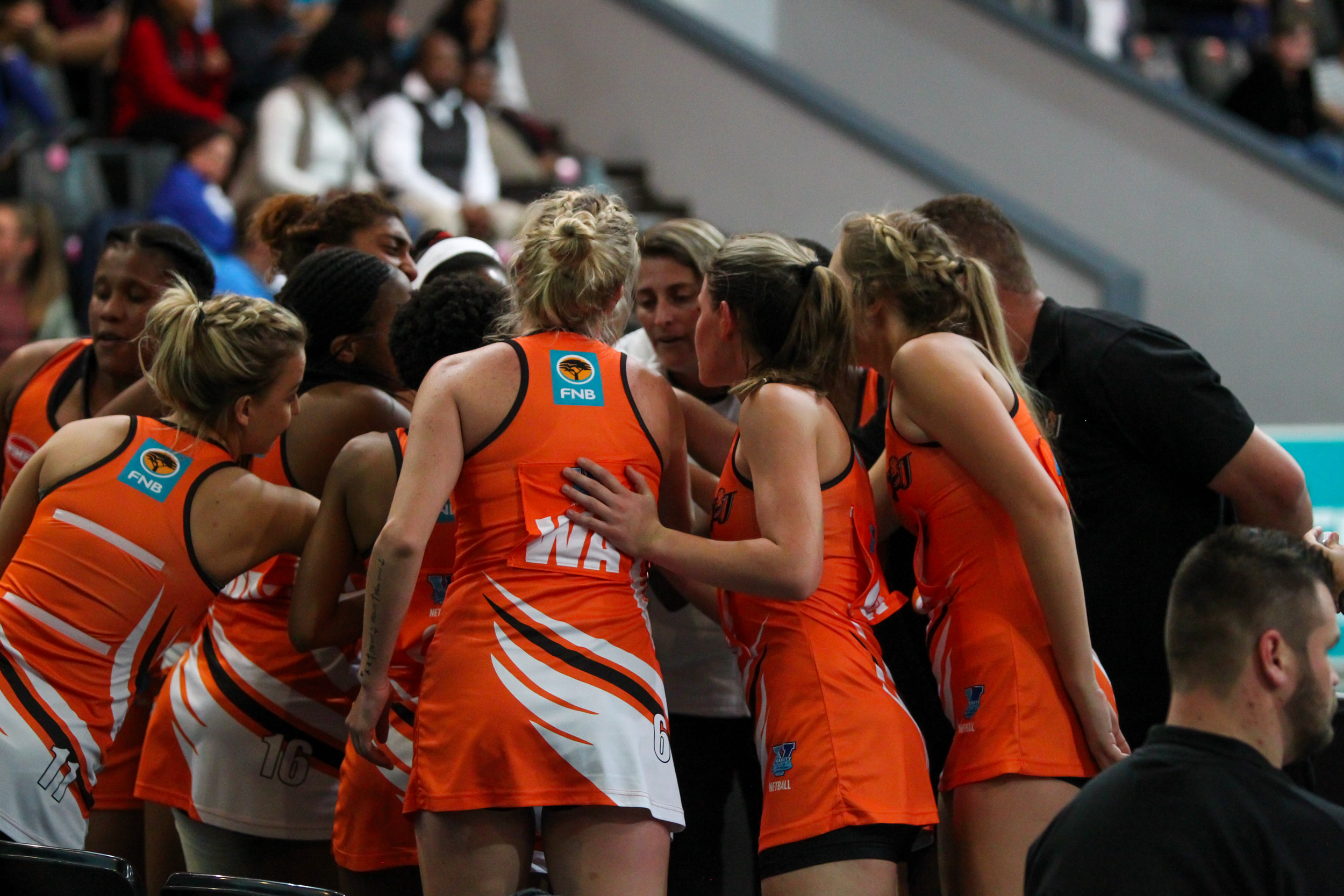 Battle of the sixes as UJ strive for first win